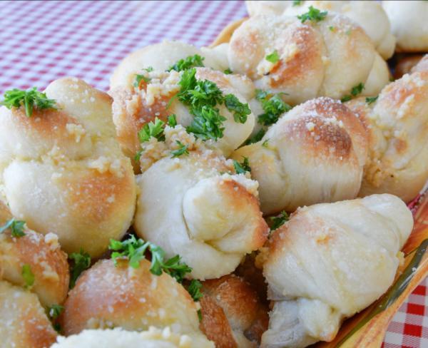 Garlic Knots 4pc